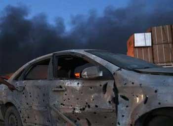 Un kamikaze a explosé mercredi soir sa voiture piégée devant un poste de sécurité à l'entrée ouest de la ville de Benghazi
