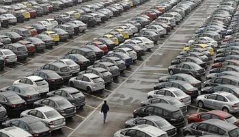 La taxe entre 50 et 700 dinars que le gouvernement a décidé d'imposer sur les voitures a suscité une véritable levée des boucliers parmi les