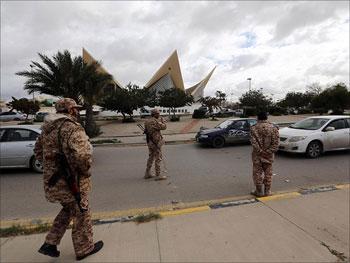 Rien ne va plus en Libye où les armes ont encore détonné