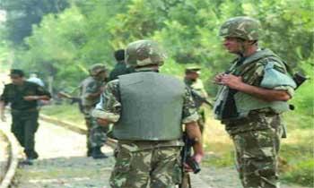 Une source officielle algérienne a confirmé la mort de 14 militaires algériens à la suite d'une embuscade tendue par des terroristes dans