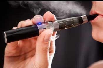 Le marché de l'e-cigarette explose notamment sur le web avec en moyenne 10 nouvelles marques et plus de 240 arômes créés chaque mois.