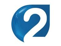 Deux agents  de production de la chaîne publique Al Watania 2