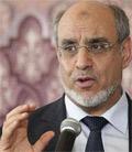 En réaction au communiqué de la présidence du gouvernement intimant aux journalistes de ne pas poser des questions lors de l'annonce de Hammadi Jbali du remaniement ministériel