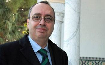<div>Né le 28 Janvier 1966 à Tunis Marié et père de 2 enfants Chef de Cabinet du Ministre du Développement</div>