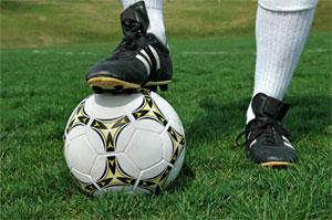 La rencontre de football entre l'Association sportive de Tozeur (AST) et l'Avenir sportif de la Marsa ( ASM)