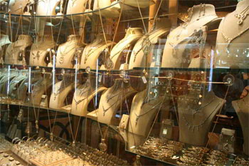 La chambre syndicale régionale des artisans bijoutiers de Tunis en