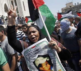 Six personnes ont été appréhendées dans le cadre de l'enquête sur l'enlèvement et le meurtre d'un jeune Palestinien de Jérusalem-Est.