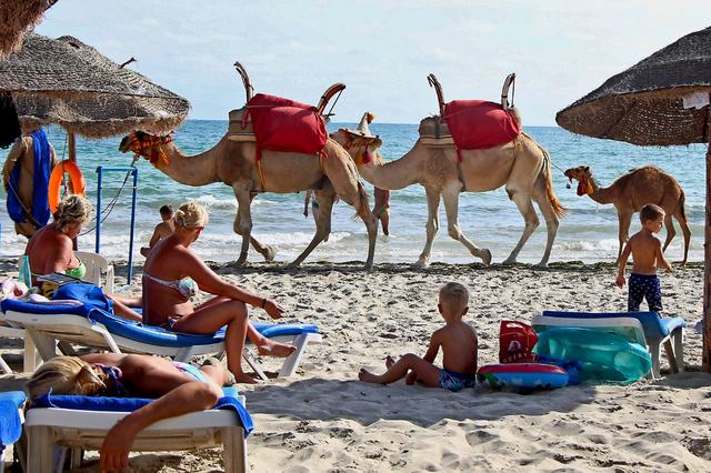 voyage tunisie suisse
