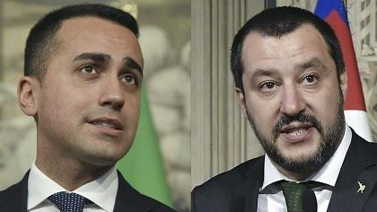 Berlusconi ouvre la voie à un gouvernement antisystème en Italie