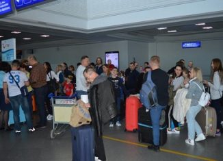 Djerba-Zarzis : Arrivée d'un premier groupe de 126 touristes de provenance d'Italie Odnf-326x235