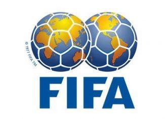 Fifa: trois anciens cadres du foot nord-américain suspendus à vie pour corruption
