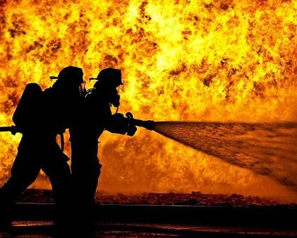 Nabeul: Un incendie maîtrisé dans un entrepôt de wagons anciens