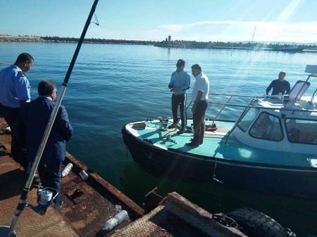 Bizerte : Un réservoir de pétrole se fissure, causant une fuite dans la mer