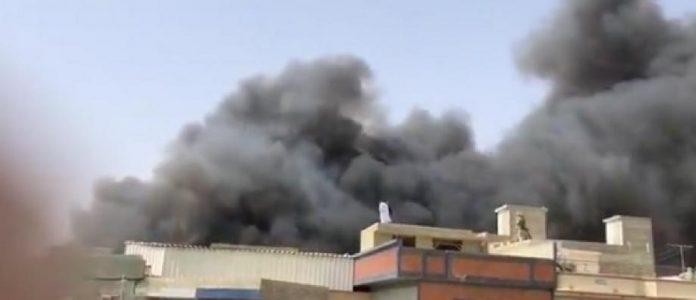 n A320 de PIA s'écrase à Karachi avec 107 personnes à bord