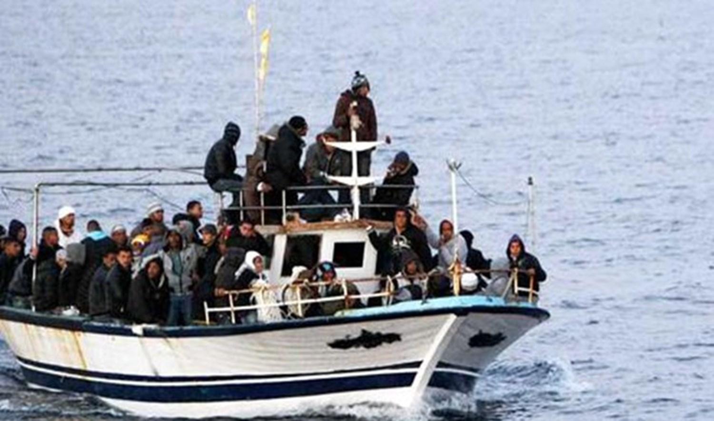 Migration irrégulière vers l'Italie : Les fem ...