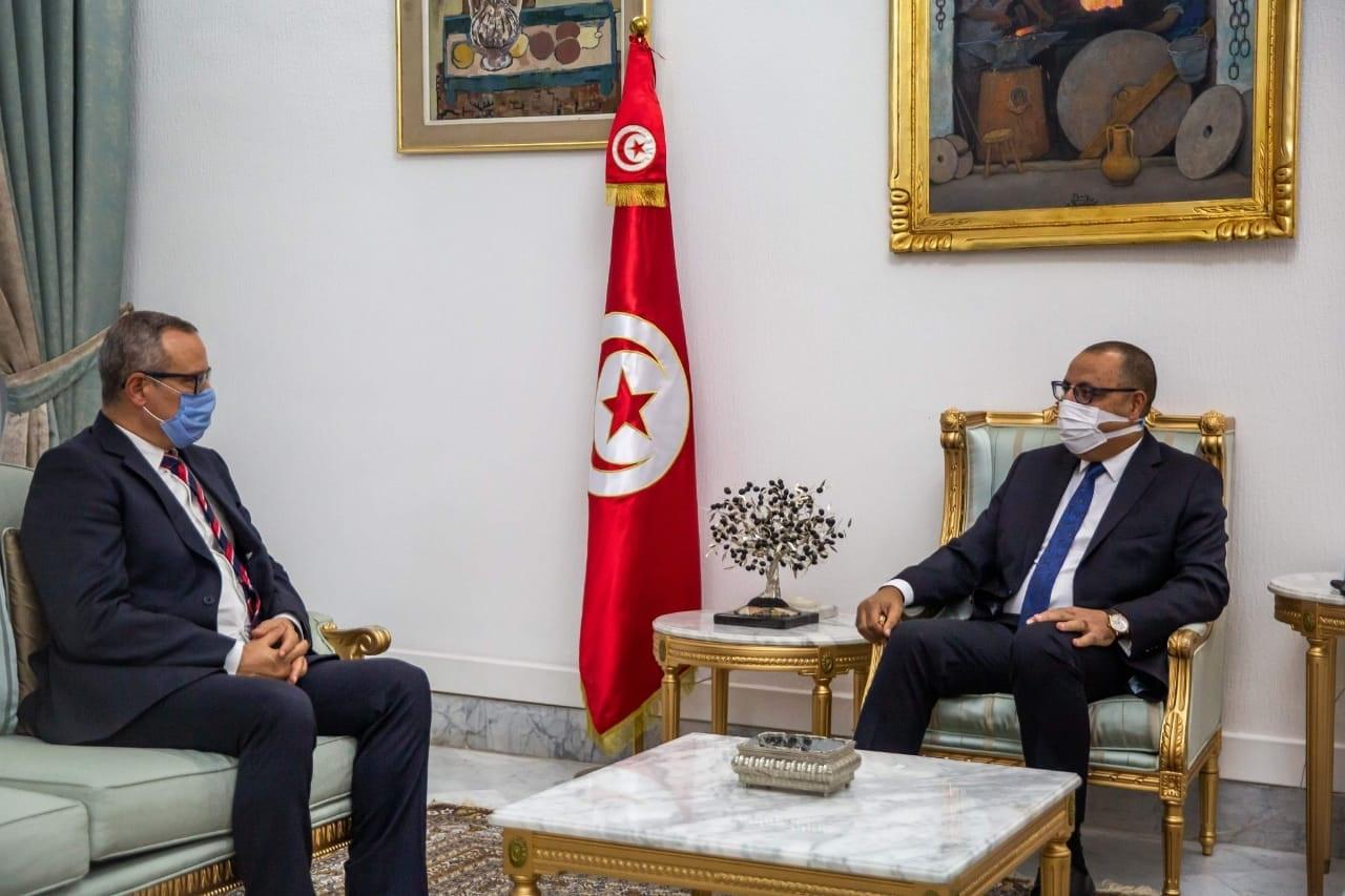 Le chef du gouvernement s'entretient avec le président du bloc parlementaire d'Ennahdha